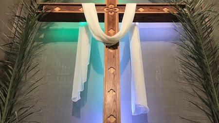 """«""""Osanna"""" e """"Crocifiggilo""""» – Commento su Mc 14,1-15,47 (Domenica delle Palme e Passione del Signore)"""