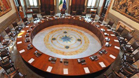 I Chiaroscuri – La fragilità di ciò che è prezioso: stile di governo e Costituzione