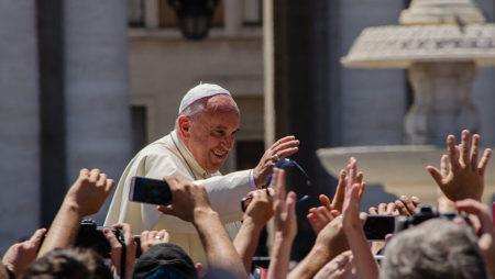 I Chiaroscuri – Non solo mafia. Papa Francesco in Sicilia.