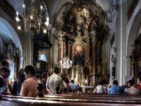 catholic-2457569_640