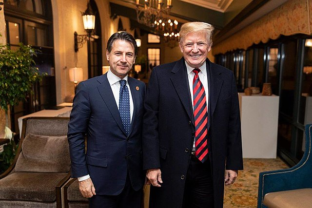 640px-Donald_Trump_with_Giuseppe_Conte_at_the_Fairmont_Le_Manoir_Richelieu,_in_Charlevoix,_Canada_-_2018
