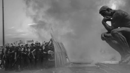 I Chiaroscuri – La grande notte della violenza